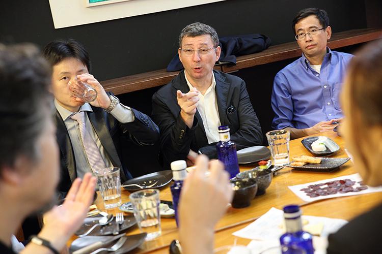 21/09/2015. Manuel Ruisánchez charla con los Líderes en la sede del COAC