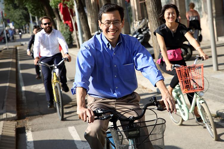 21/09/2015. Imagen del recorrido en bicicleta por las calles de Barcelona