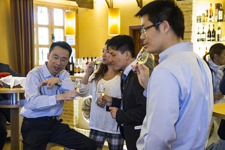 Imagen de la cata que pudieron degustar los Líderes Chinos