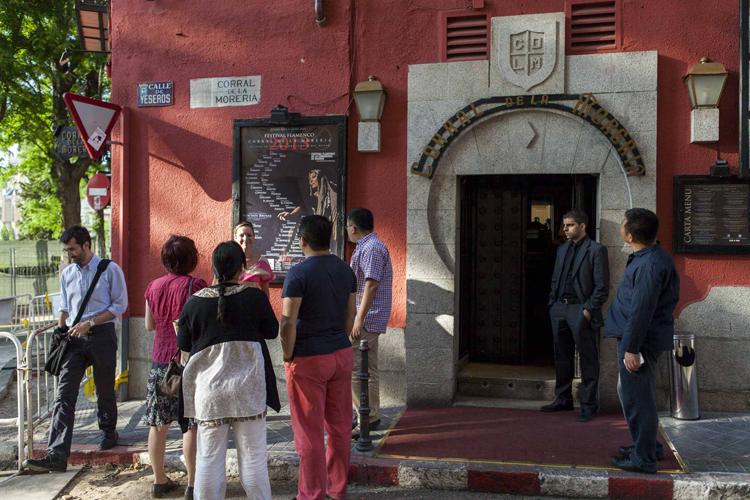 Imagen de la entrada al popular tablao de flamenco.