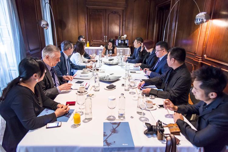 Imagen general de la reunión.